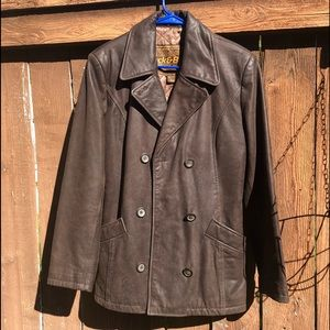 Brown heavy leather jacket w/lining & pockets